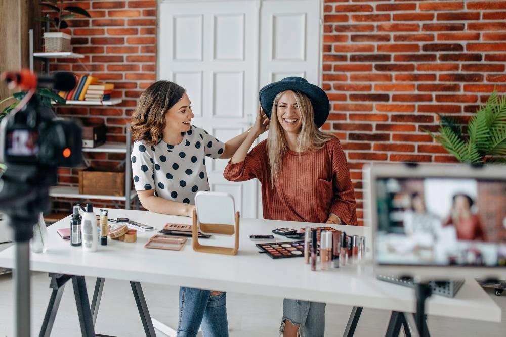 Influencer Marketing ve Markalara Faydaları Hakkında